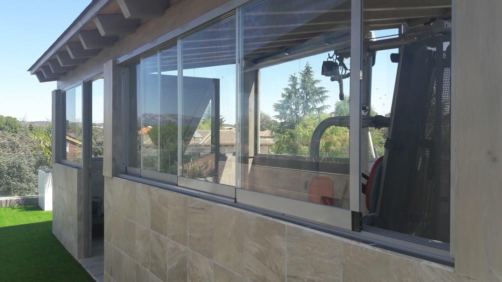 Comprar cortinas de cristal Madrid - empresa especializada en cortinas de cristal y cerramientos de vidrio