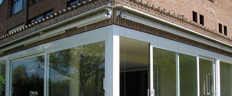Cerramientos e instalación de toldos