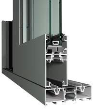 Servicios de carpintería de aluminio